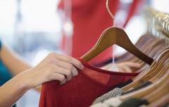 Consumo Varejo Compra Guarda-roupa Loja Shopping (Foto: Getty Images)