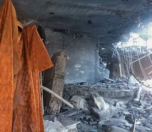 A casa de Khadafi atingida por bombardeio no início do ano (Foto: Diego Escosteguy/ÉPOCA)