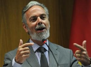 O Ministro das Relações Exteriores, Antonio Patriota (Foto: Fabio Rodrigues Pozzebom/ABr)