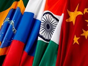 Bandeiras dos países Bric: Brasil, Rússia, Índia e China (Foto: Getty Images)