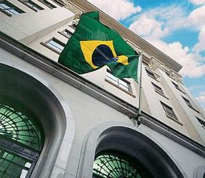 Cenário conservador diante da crise faz com que 20 IPOs no Brasil seja uma expectativa otimista, ao passo que em 2007 foram feitas 64 operações (Foto: Reprodução/Internet)