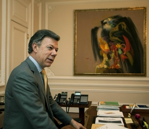 Juan Manuel Santos, presidente da Colômbia, em seu gabinete no Palácio de Nariño, sede do governo, em Bogotá (Foto: Juan Manuel Barrero Bueno)