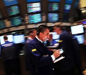 Bolsa de Nova York. Índices fecharam em queda, mas bem acima das mínimas da sessão (Foto: Getty Images)