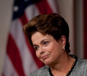 Dilma: 6ª posição é positiva, mas desconsidera indicadores sociais (Foto: EFE)