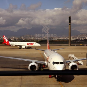 TAM Linhas Aéreas Aeroporto Avião (Foto: Getty Images)