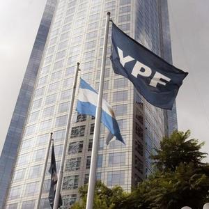 Ações da YPF despencam nas bolsas (Foto: EFE)