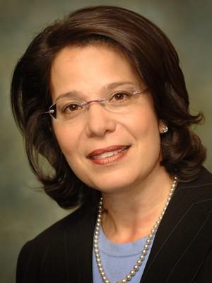 Julia Sweig, especialista em Cuba do Council on Foreign Relations. Ela é uma das principais vozes americanas contra o embargo a Cuba  (Foto: Kaveh Sardari/Newscom)