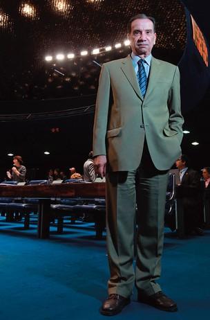 SEM ENROLAÇÃO O senador Aloysio Nunes Ferreira no plenário do Senado. Ele diz que a Comissão da Verdade não vai promover uma reconciliação por força da lei  (Foto: Igo Estrela/ÉPOCA)