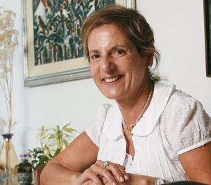 ENTUSIASTA A cientista política Maria Tereza Sadek estudou os efeitos do Prêmio Innovare. Das 36 iniciativas premiadas, apenas quatro não foram adiante (Foto: Guga Matos/JC Imagem)