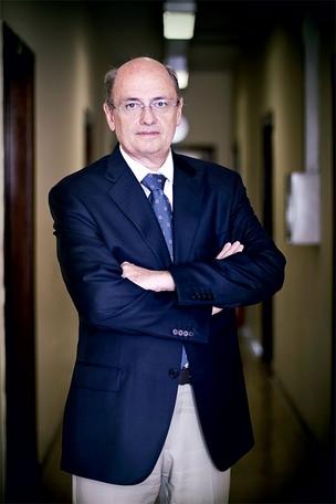 """O GESTOR Giovanni Cerri, secretário estadual de Saúde de São Paulo. """"A judicialização  da saúde é uma injustiça.  Os mais ricos desviam recursos dos mais pobres"""", diz  (Foto: Camila Fontana/ÉPOCA)"""