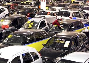 Venda de veículos Carro Concessionária (Foto: Agência Estado)