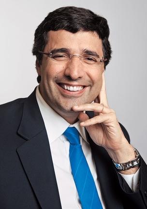 EM ESTADO DE GRAÇA André Esteves após a venda das ações do BTG Pactual  na Bolsa. Com a avaliação do banco em US$ 14,5 bilhões, sua fortuna pessoal aumentou em US$ 1,4 bilhão  (Foto: Marcio Scavone/ÉPOCA)