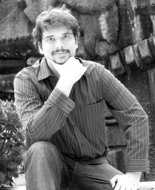 O publicitário Fernando Palácios pretende escrever um livro via celular (Foto: Divulgação)