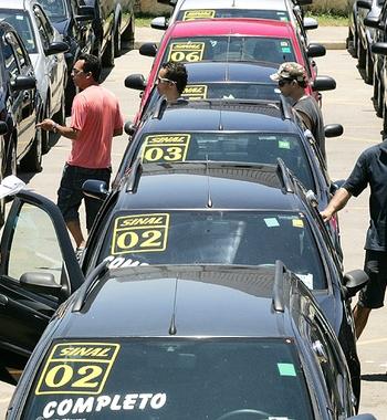 Venda de carros Veículos Concessionária (Foto: Agência Estado)