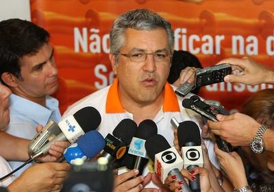 Alexandre Padilha, Ministro da Saúde. Campanha do Ministério para o Canaval de 2012 terá foco no público homossexual (Foto: Divulgação/Ministério da Saúde)