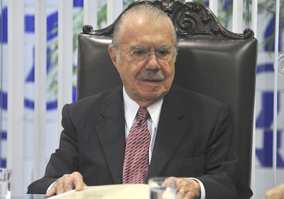 Jos Sarney em reunio no Senado (Foto: Fabio Rodrigues Pozzebom/ABr)