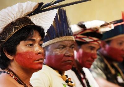 Indígenas assistem sessão do STF (Foto: Nelson Jr./SCO/STF)