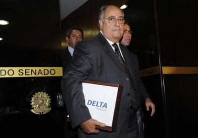 O novo presidente da Delta Construção, Carlos Alberto Verdini, entregou documentos à CPI do Cachoeira nesta quarta-feira (9) (Foto: Fabio Rodrigues Pozzebom/ABr )