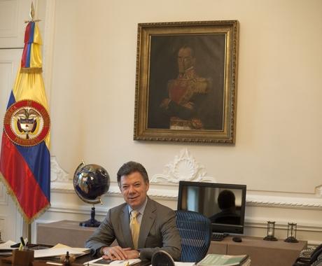 O presidente da Colômbia, Juan Manuel Santos, em seu gabinete no Palácio de Nariño, sede do governo, em Bogotá (Foto: Juan Manuel Barrero Bueno)