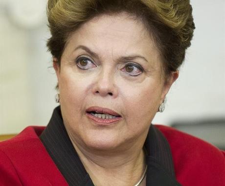 Comitê pede a Dilma que puna mais os crimes cometidos contra jornalistas