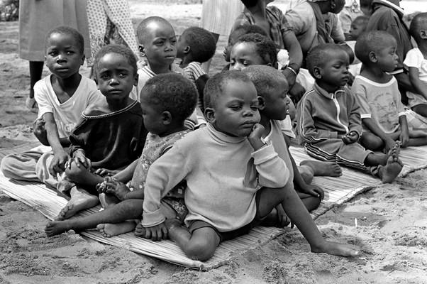 A África Subsaariana foi a região do mundo que apresentou o risco de morte mais alto em crianças de até um ano de idade. Também foi a região com o menor progresso registrado. (Foto: Paul Heath Hoeffel / ONU)