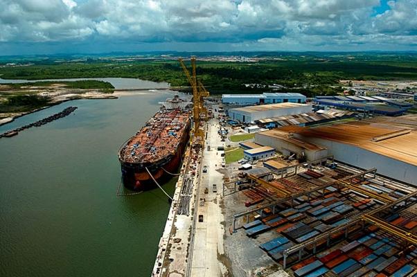 Estaleiro Atlântico Sul: indústria naval em recuperação (Foto: Folhapress)