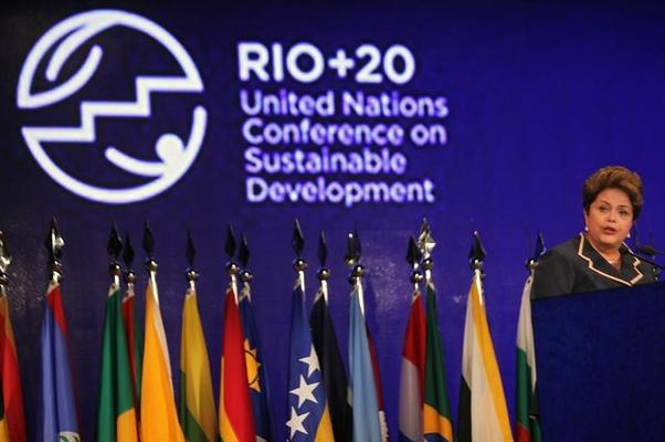 A presidente Dilma Rousseff encerra a Rio+20 (Foto: Antonio Lacerda/EFE)