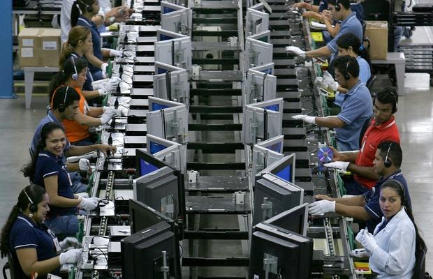 Produção industrial: maior alta em um ano, mas abaixo de fevereiro de 2011 (Foto: Getty Images)