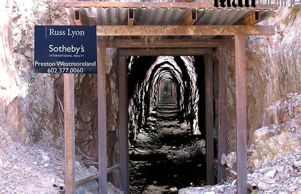 A propriedade inclui a mina Gold Hill, que teria pelo menos 30 mil toneladas de minério de ouro (Foto: Reprodução/Daily Mail)