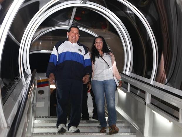O presidente venezuelano Hugo Chávez em sua mais recente visita a Cuba (Foto: EFE)