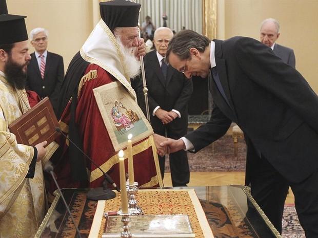 Posse do presidente grego Antonis Samaras (Foto: EFE)