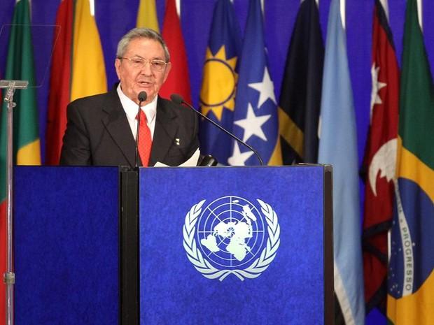 O presidente de Cuba, Raul Castro, durante discurso na Rio+20 (Foto: EFE)