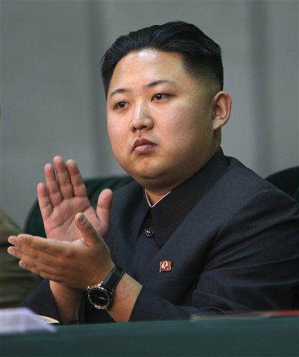 Kim Jong Un, o terceiro filho do líder norte-coreano Kim Jong Il, será o sucesssor do pai (Foto: AP)