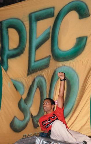 - (Foto: Marcelo Piu/Ag. O Globo)
