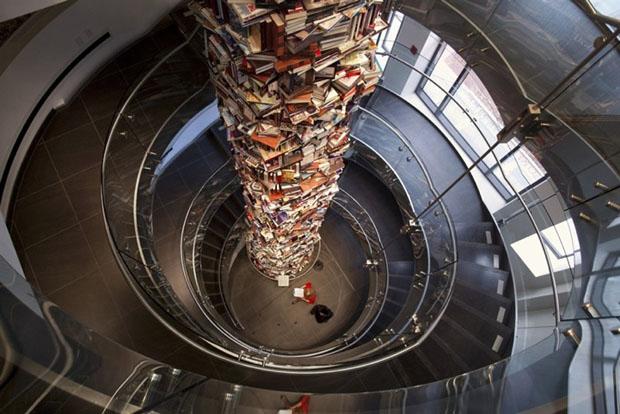 torre_livros_abrahan_lincoln_02 (Foto: divulgação)