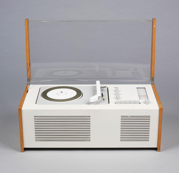 Braun SK4, rádio-gravador. Design de Hans Gugelot e Dieter Rams, 1958 (Museu de les Arts Decoratives de Barcelona-DHUB) (Foto: divulgação)