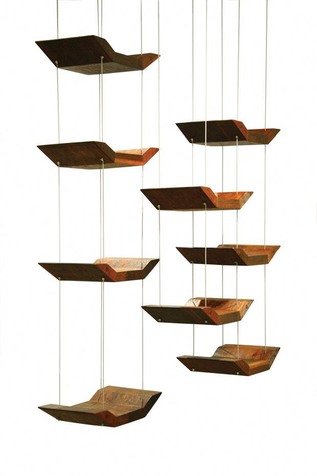 Prateleira Pássaros, 2008, de Zanini de Zanine (Foto: divulgação)