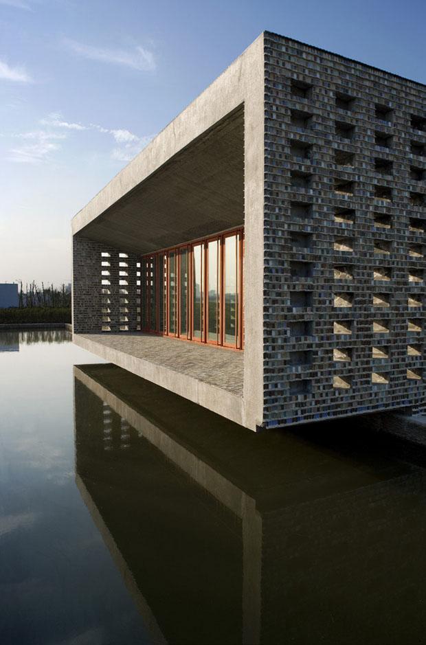Ceramic House, Jinhua, China, 2003-2006