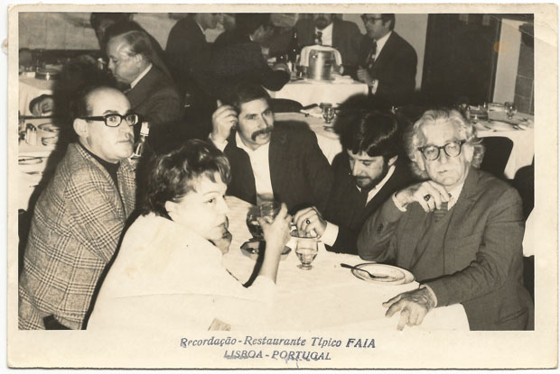 Beatriz Costa, Lagoa Henriques, José Ramoa (colecionador), Carlos Amado, e Roberto Burle Marx (Foto: divulgação)