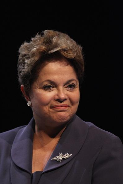 Dilma diz que quer acabar com a pobreza