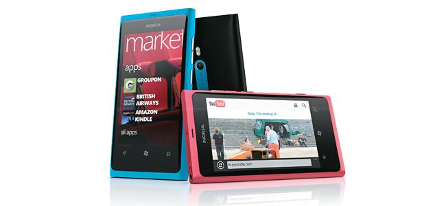 Nokia Lumia 800 (Foto: Divulgação)