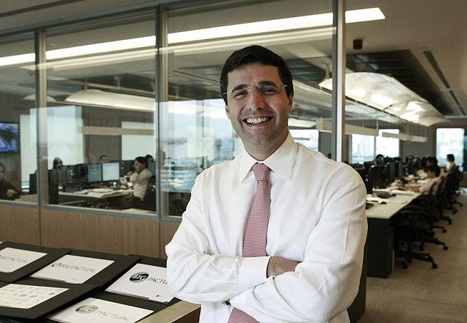 André Esteves, controlador do banco BTG Pactual. Instituição pode captar até R$ 3,656 bilhões, no maior IPO da bolsa brasileira desde 2009(Foto: Marcio Scavone/Época NEGÓCIOS)