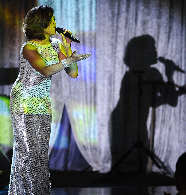 Whitney 2 (Foto: AP e Getty Images)