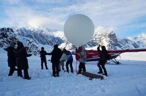 Um dos balões lançados no ar pelo Project Aether (Foto: Project Aether)