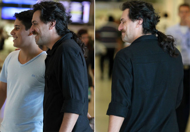 Rodrigo Lombardi no aeroporto  (Foto: Leotty Jr./AgNews)