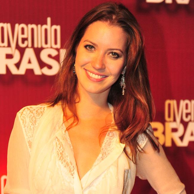 Nathalia Dill teve o cabelo mais pedido na Central de Atendimento ao Telespectador na mês de abril (Foto: Divulgação/TV Globo)