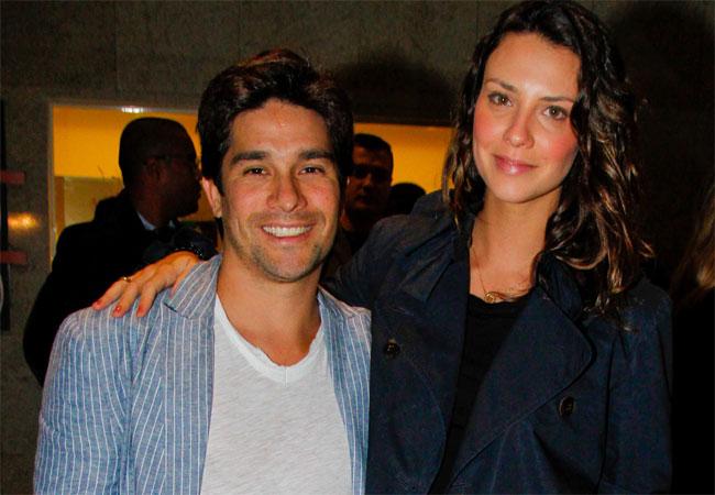 Camila Rodrigues e o namorado, Roberto Costa (Foto: Danilo Carvalho/AgNews)