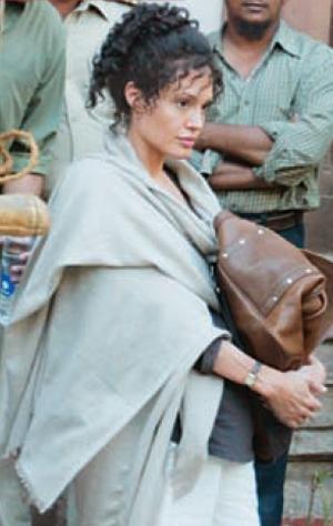 Angelina Jolie (Foto: Jolie como Mariane Pearl, viúva do jornalista americano assassinado no Paquistão, no filme A Mighty Heart, ainda não lançado)