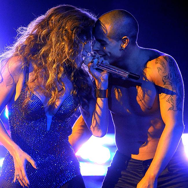 Jennifer Lopez e Casper Smart (Foto: Grosby Group)