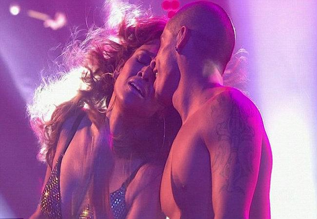 Jennifer Lopez e Casper Smart (Foto: Reprodução)